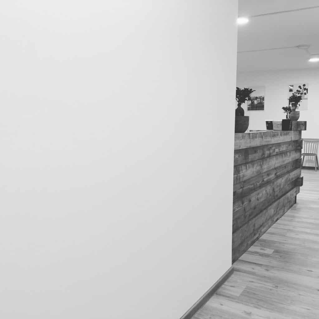 Flur der Praxis für Ergotherapie Saarbrücken - Christopher Reichardt