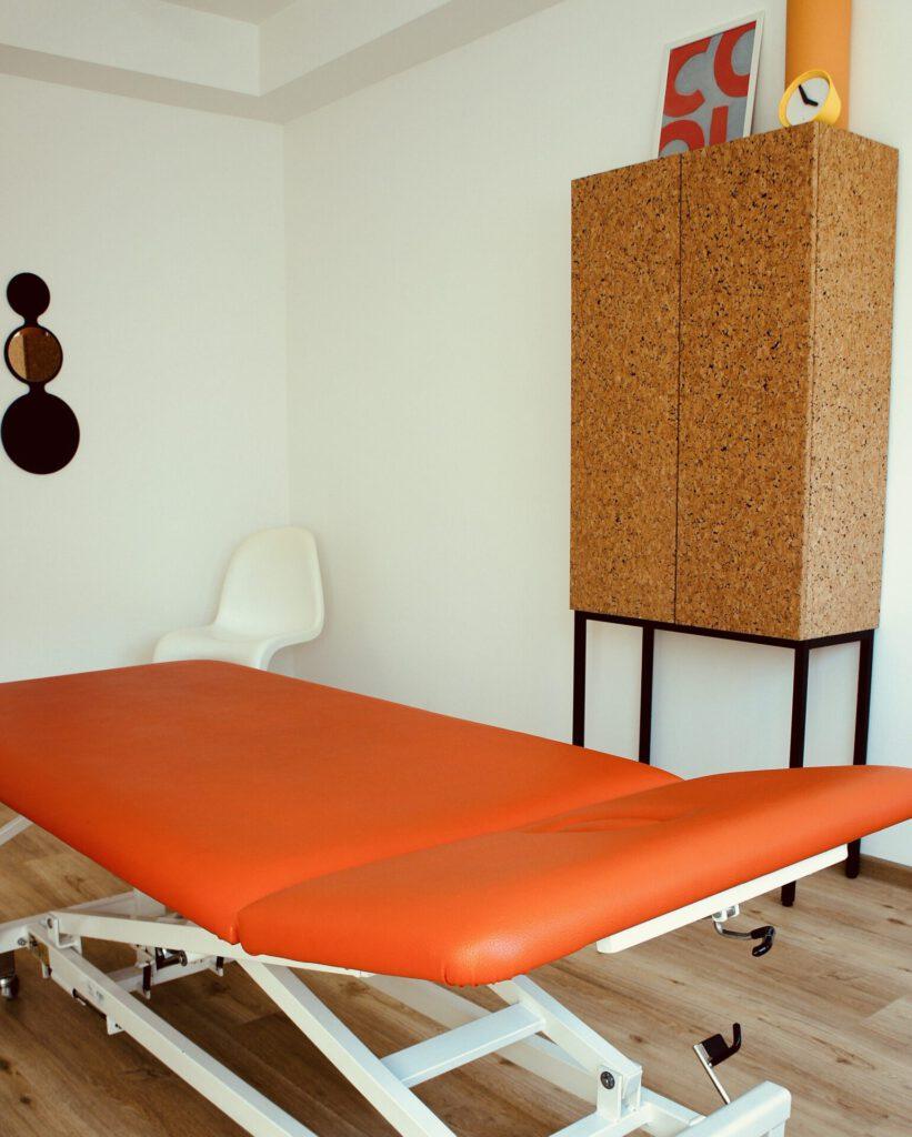 Behandlungsraum der Ergotherapie Christopher Reichardt Saarbrücken